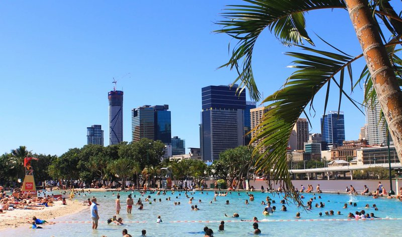 brisbane city lagoon pool.jpg