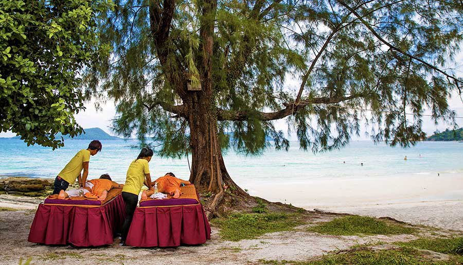 Intro Travel Vietnam And Cambodia Intro Group Tours Relaxing Khmer Massage On The Beach Koh Rong