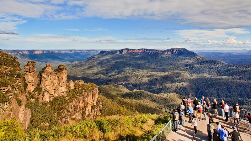 Blue Mountains From Echo Point